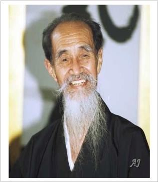 sugino-yoshio-portrait